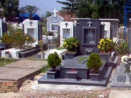 Mộ được chôn cất bên trong nghĩa trang