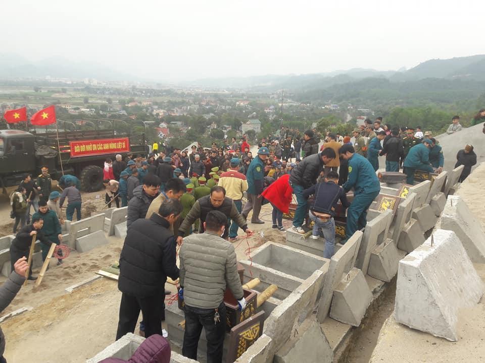 Nghĩa trang thành phố Hòa Bình không được xây dựng, quy hoạch hợp lý.