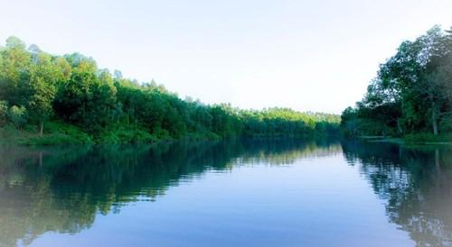 Phong cảnh sơn thủy hữu tình rất yên bình và tĩnh mịch
