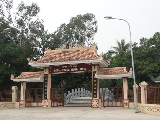 Cổng vào nghĩa trang Thanh Tước