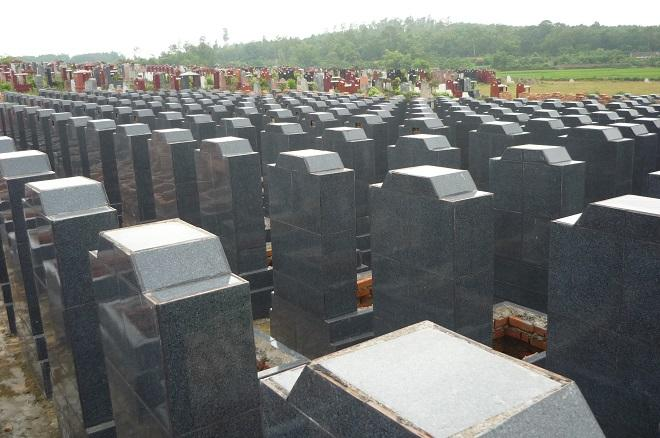 Khuôn viên của nghĩa trang.