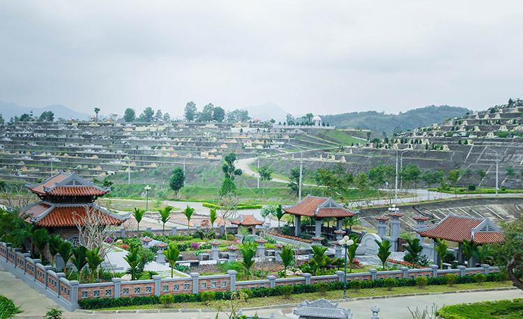 Khuôn viên diện tích 1000m2 tại đồi Kim Quy
