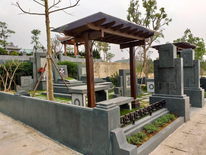 Mẫu mộ gia đình lớn tại Công viên nghĩa trang Lạc Hồng Viên