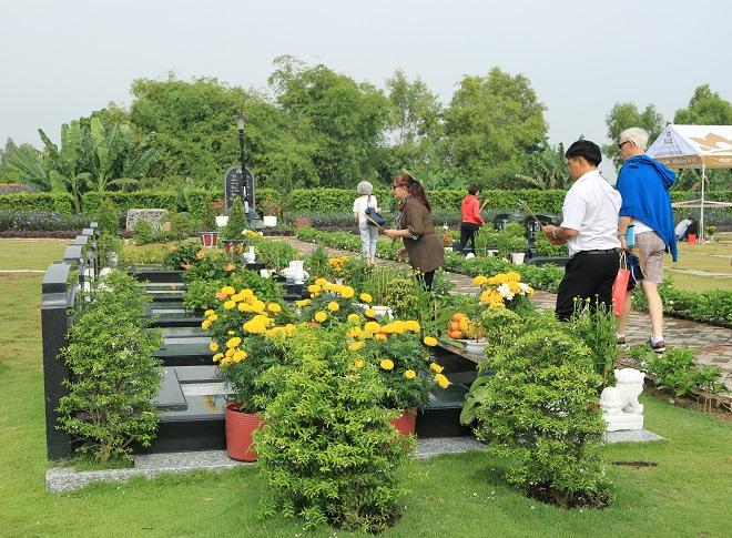 Mộ đơn tại nghĩa trang Sài Gòn Thiên Phúc