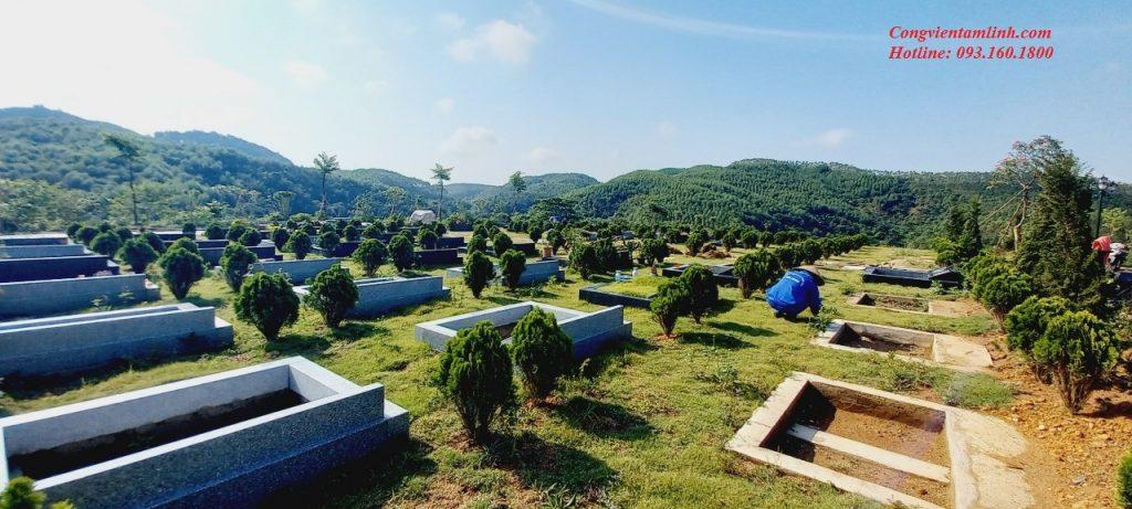 Phần mộ đôi đồi Viên Long tại nghĩa trang Lạc Hồng Viên diện tích 8,1m2