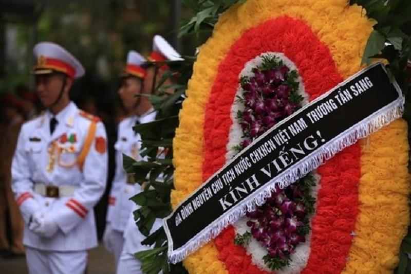 Tổ chức tang lễ và an táng đồng chí Trần Xuân Thu tại nghĩa trang Lạc Hồng Viên - đồi thổ