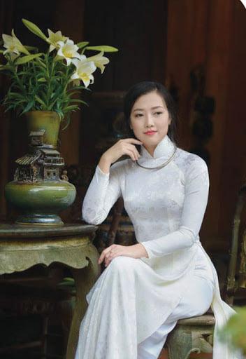 Rose tên một loài hoa xứ Hà Thành trong chuyến Tàu Việt Titanic